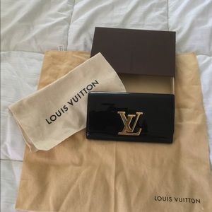 Louis Vuitton auth vernis Louise wallet/clutch
